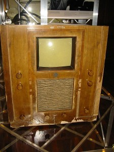 450px-Telefunken_1936