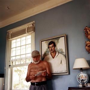 512px-Ernest_Hemingway_at_the_Finca_Vigia,_1953