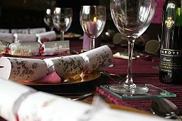 Christmas_cracker_table