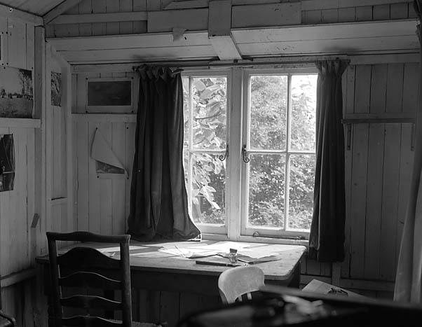 Dylan Thomas' Writing Shed in Laugharne