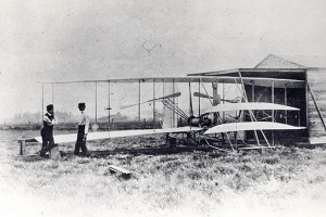 Wright_Flyer_II_shed